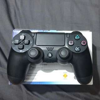 Used Ps4 Controller (Black)(reserved)