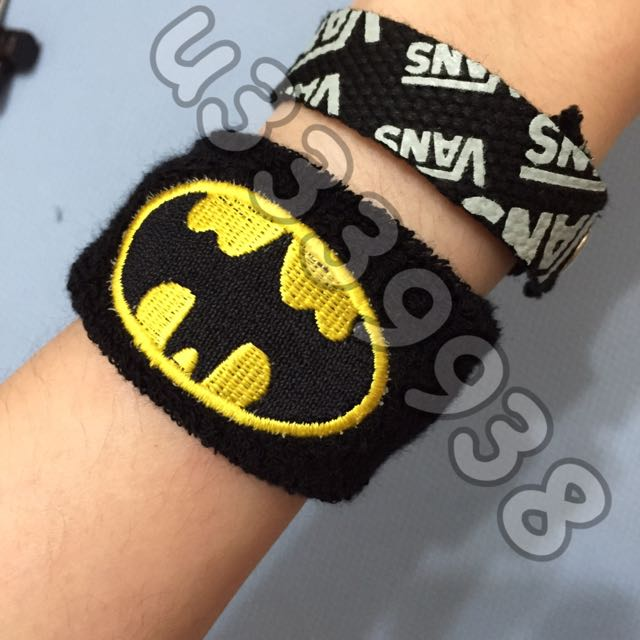 現貨一個 蝙蝠俠batman 護腕 售完即預購 另有vans x subway 手環