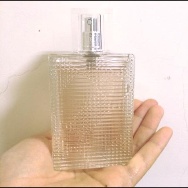 九成新Burberry Brit Rhythm 香水50ml