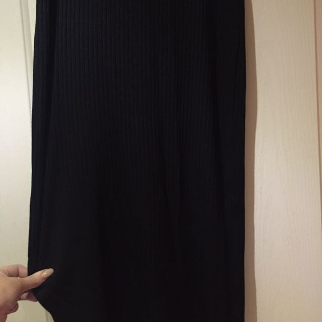 Maxi Skirt With Slit Down The Side Size Medium