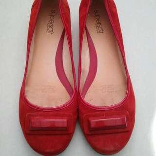 Supersoft Diana Ferrari Evie Red Suede Flats Shoes Sz 8.5