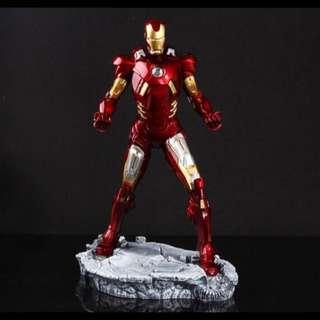 鋼鐵人樹脂模型 高31cm 預購