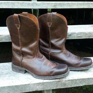 Ariat Short Leather Boots Size 43 Wide