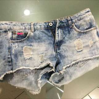 Demi Shorts