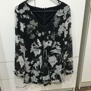 Flowered play suit