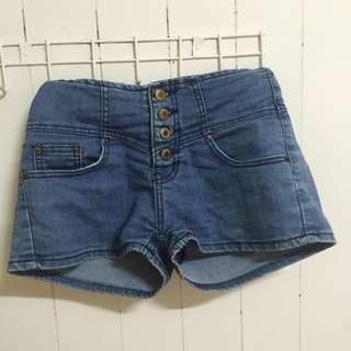 🌿排釦熱褲