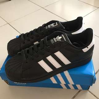 BNIB Adidas Superstar II