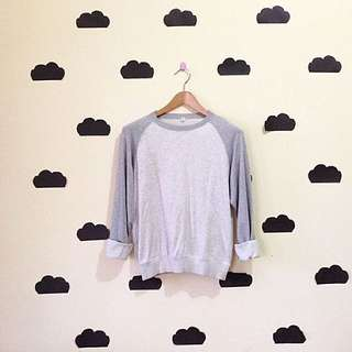 UNIQLO Raglan Sweater