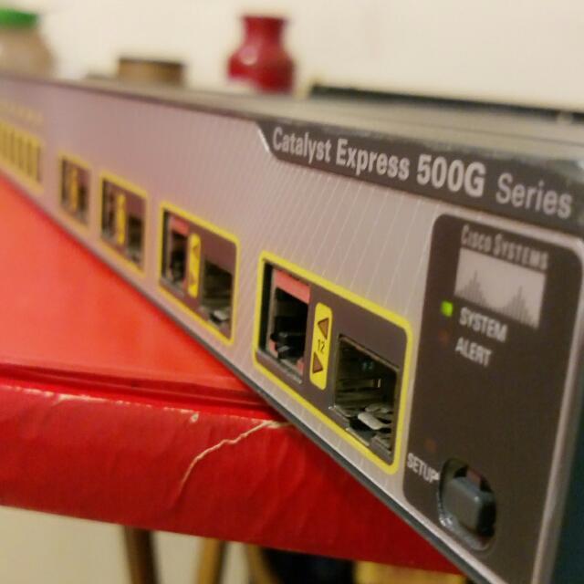 思科500G 12TC  8埠純GbE交換器                   支援4埠SFP