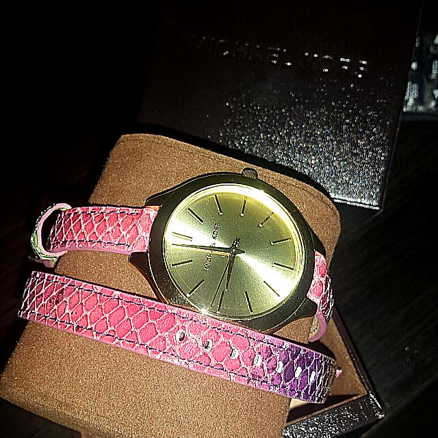 Brand New Original Michael Kors Ladies Watch Type MK2390 Strap