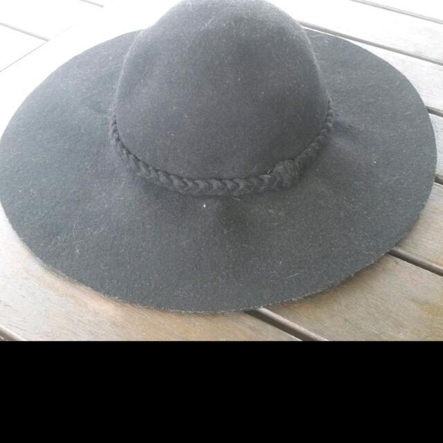 Festival Black Brim Floppy Hat