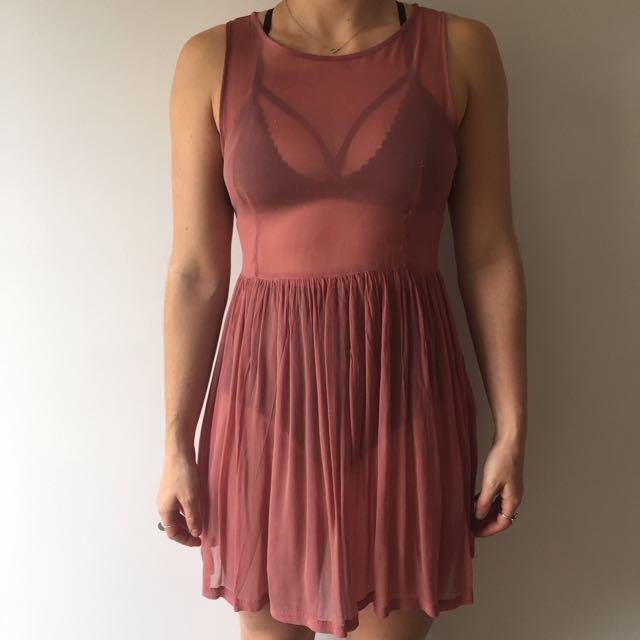 Neuw Sheer Dress Dusty Pink Size 10