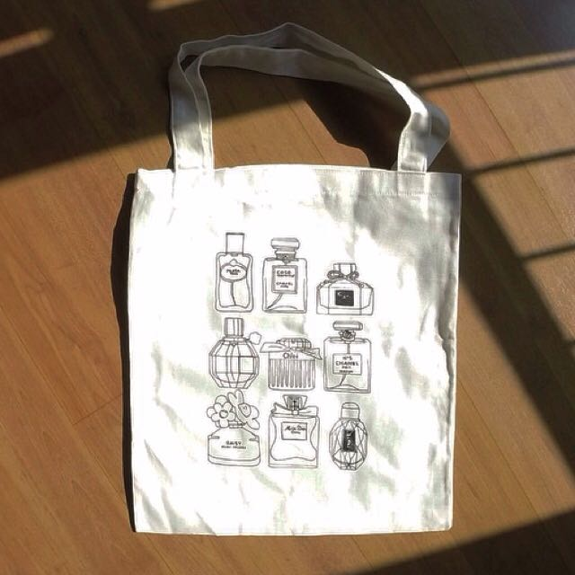 Totebag: colognes