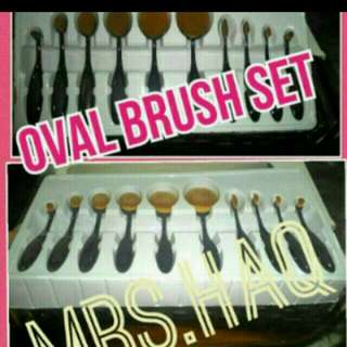 INSTOCK! 2 SETS AVAILABLE. POSTING ON MONDAY 16/5. $35.00 FREE NM(OWN RISK) OVAL BRUSH SET.  SERIOUS BUYER. KINDLY PM. NO NEGO. ADD $4.00 For REG.MAIL **FAST DEAL AT $30.00 EXCLUDE POSTAGE**