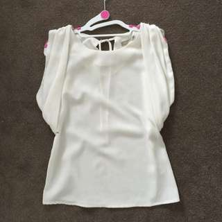 Ladies White Top/shirt, Size 8