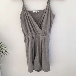 Play suit Size 6
