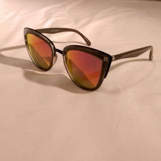 Quay 'My Girl' Sunglasses in Coffee with Red Mirrored Lens