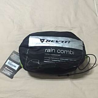 BNIB Rev It Raincoat Combi
