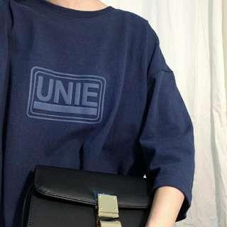 AA Unie立體字母長版上衣