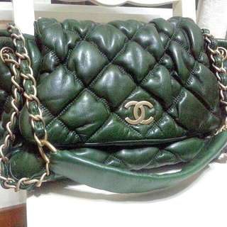Chanel Bubble Quilt Lambskin In Green With Matte Gold Hardware