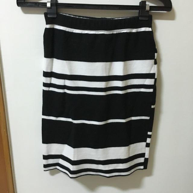 黑白條紋高腰裙
