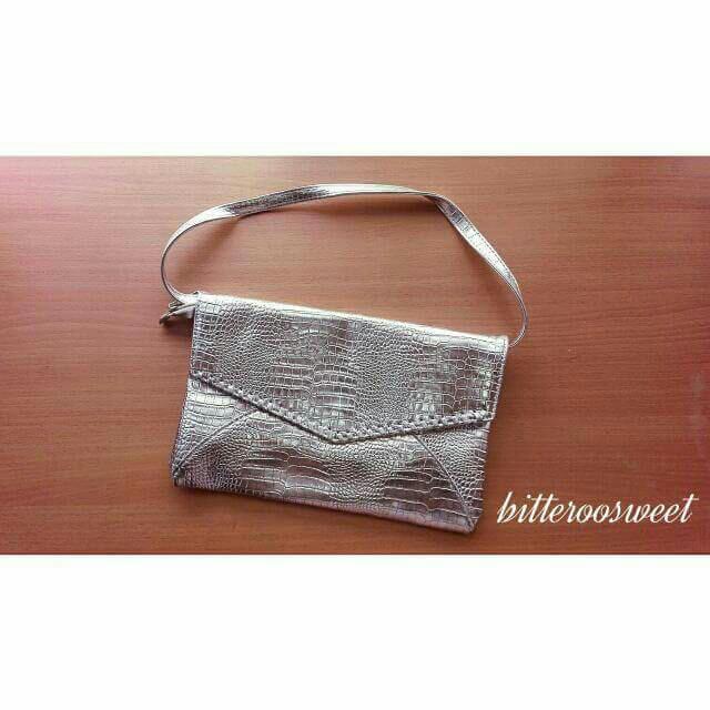 太空銀鱷魚紋手拿包