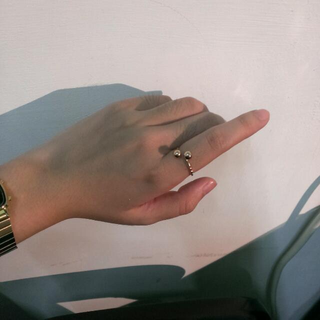 全新  戴上去身旁就有女神氣息的戒指