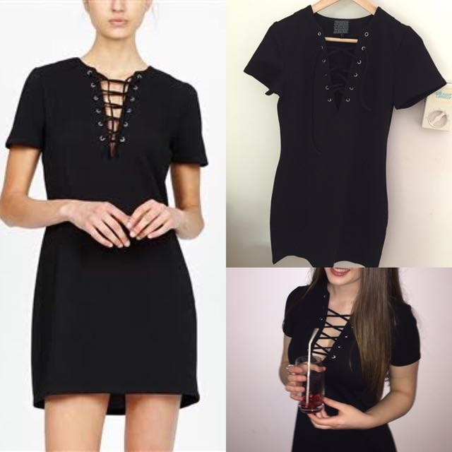 Alice In The Eve Lace Up Shift Dress