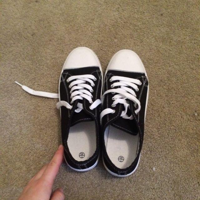 Black And White Replica Converse
