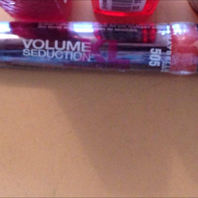 Brand New Maybelline Still Sealed XL Lip Plumper