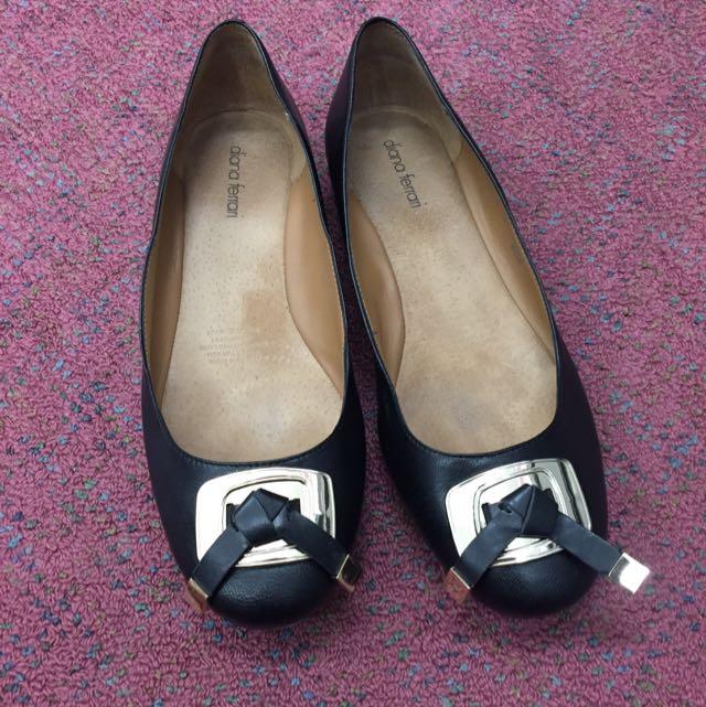Diana Ferrari Shoes Size 9