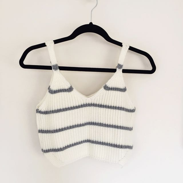 New Knit Crop Top Size Small