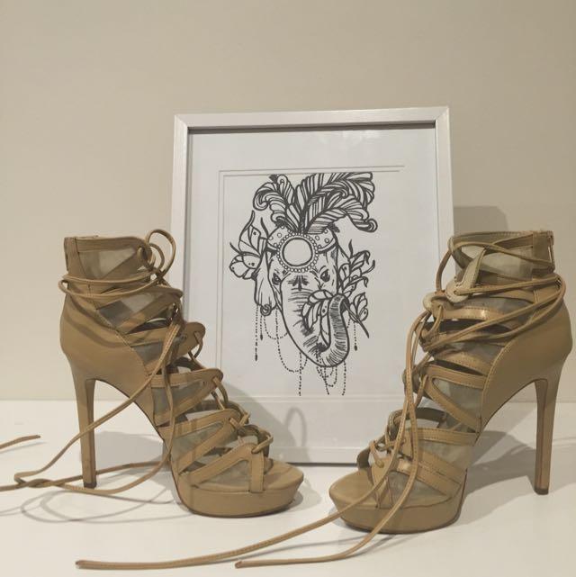 Lipstik Heels. Size 9.