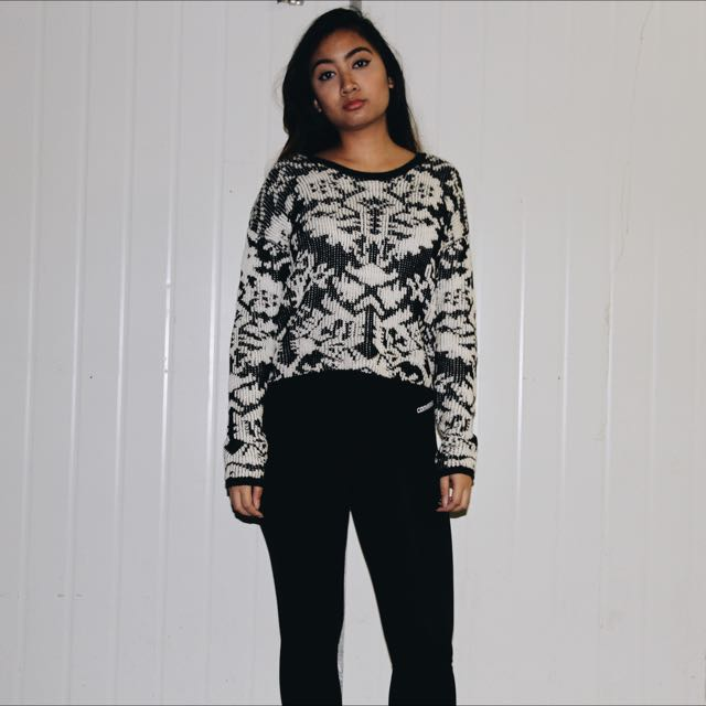 MinkPink black And White Sweater