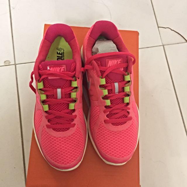 Nike Lunar eclipse +2 Size 6.5