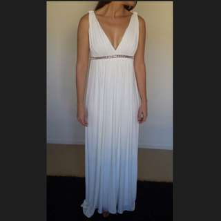 White Wedding/formal Dress Size 8
