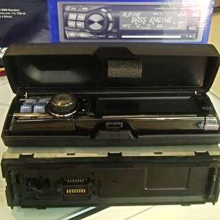 Alpine CD-9853, MP3/WMA CD Receiver