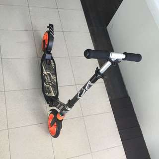 (Reserved) Kick Scooter