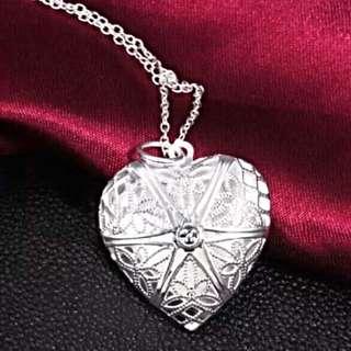 Silver Locket W/ Chain