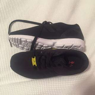 Adidas Black Torsion Size US 5