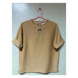 氣質暖棕色寬袖上衣