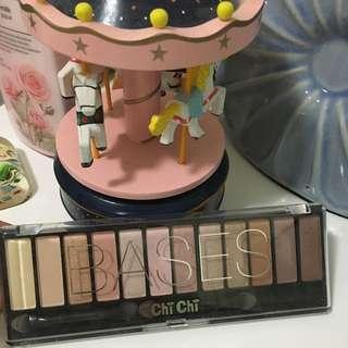 Chichi Eyeshadow Palette