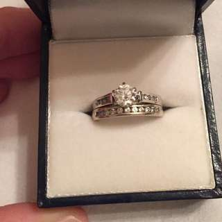 Wedding/engagement Ring Set SMALL