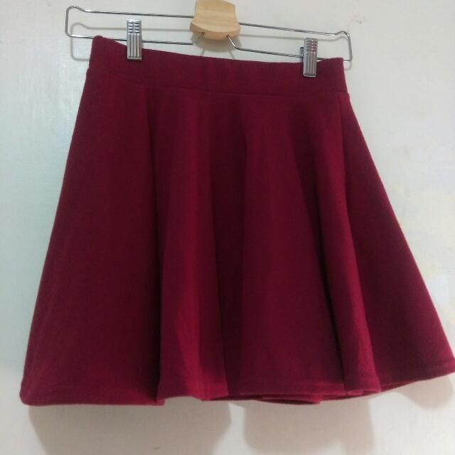 酒紅小圓裙