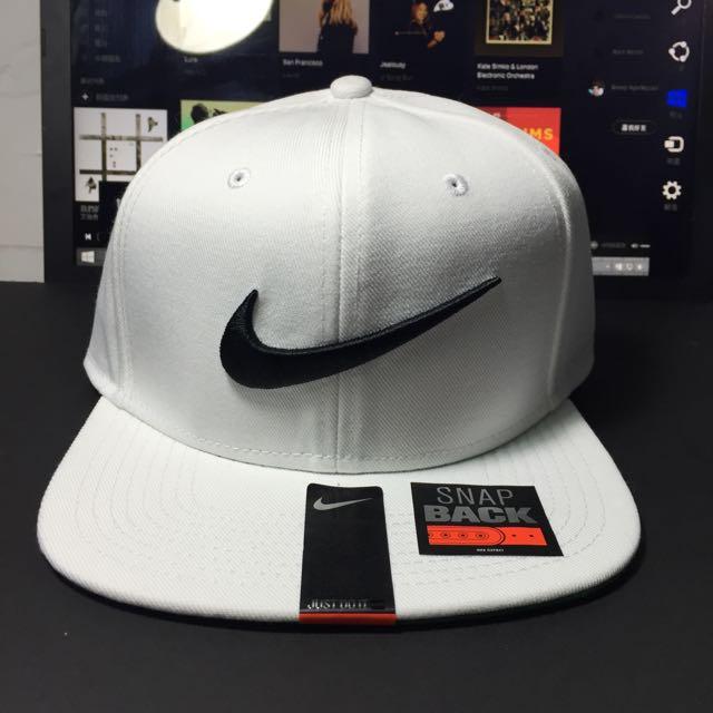 ACE LANN 代售 NIKE 白色 LOGO 棒球帽