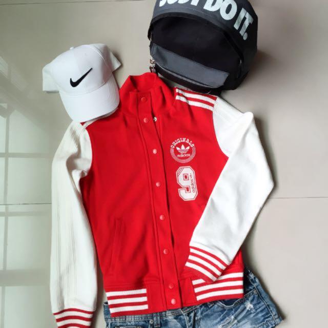 Adidas Originals 經典紅白棒球外套