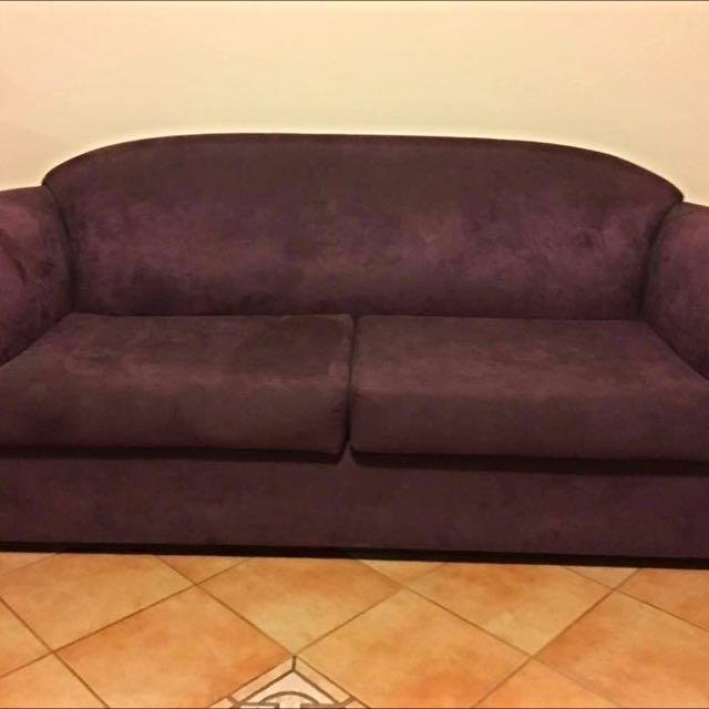 Deep Purple Couch/fold Out Bed