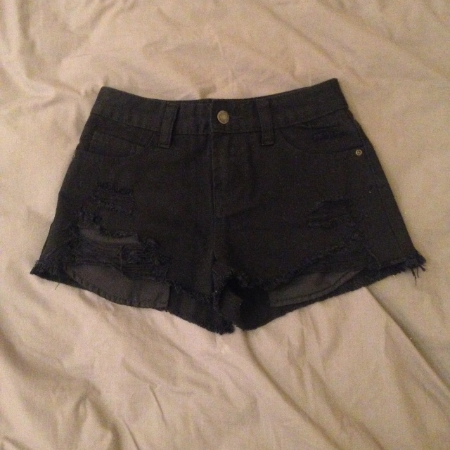 JAY JAYS Black Ripped Shorts