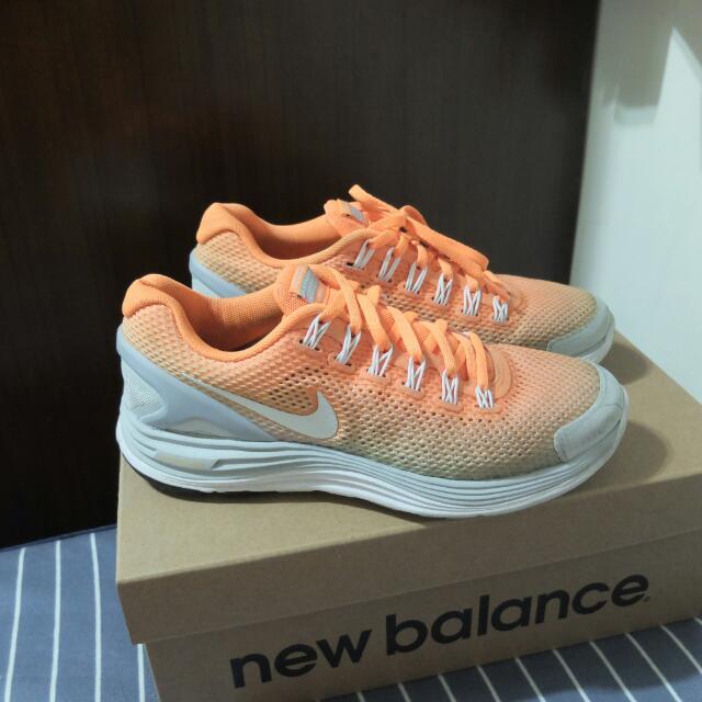 ⚡Nike橘色漸層跑鞋