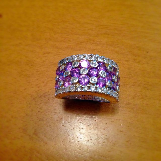 Sterling Silver Gorgeous Amethyst Ring